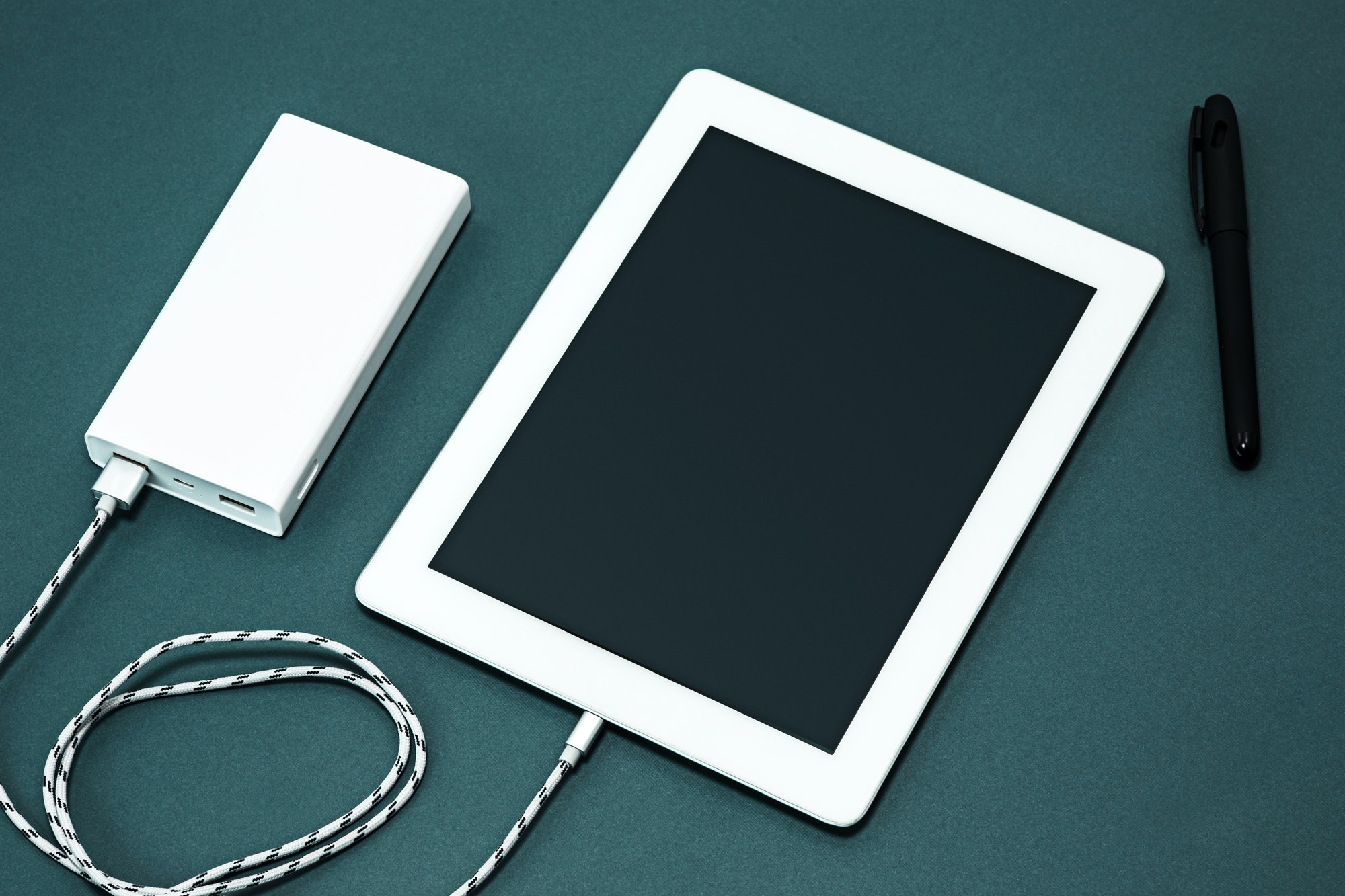 Power bank and laptop